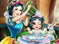 Snow White Baby Washing